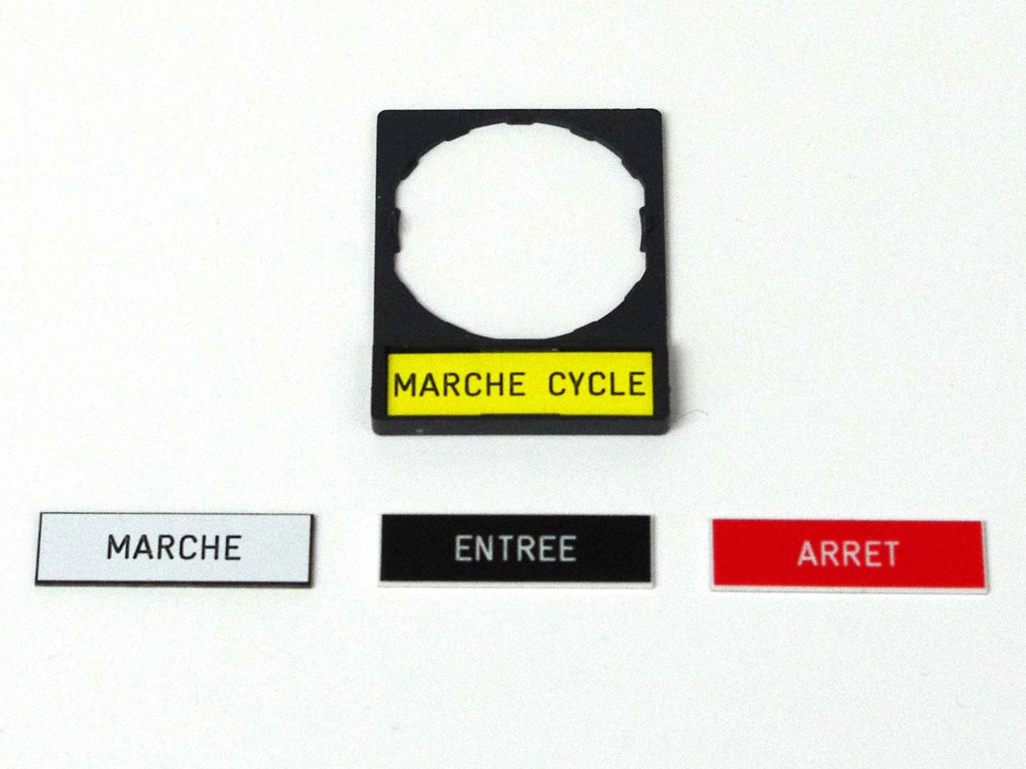 Etiquettes télémécanique 30x40 avec porte étiquettes